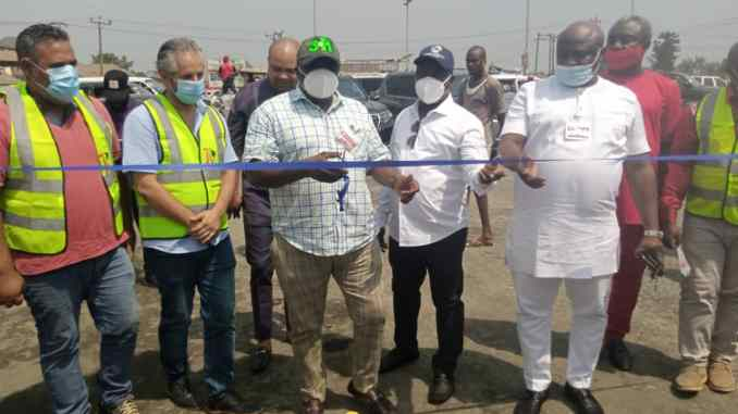 Imo state government Flags off Naze-Nekede-Ihiagwa-Obinze road as Leo-9 and Asphalt construction company handles the project
