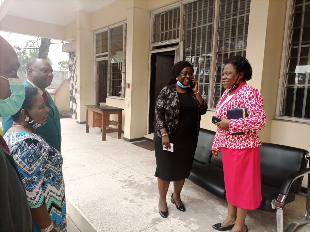 Governor Ayade charges civil servants in Cross River State - images