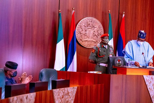 President Buhari appreciates Youths for defending and promoting his government and APC party on social media - Abuja