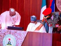President Buhari presides over Federal Executive Council (FEC) Meeting - Images - 9News Nigeria