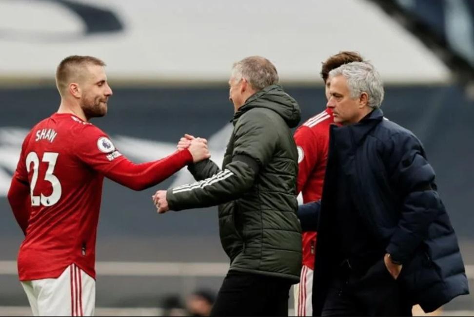 Food fight- Mourinho hits back at Solskjaer over Son criticism