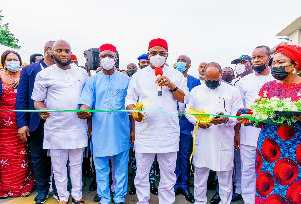 Imo State Governor Hope Uzodinma at the Commissioning of the Prince Alex Mbata drive