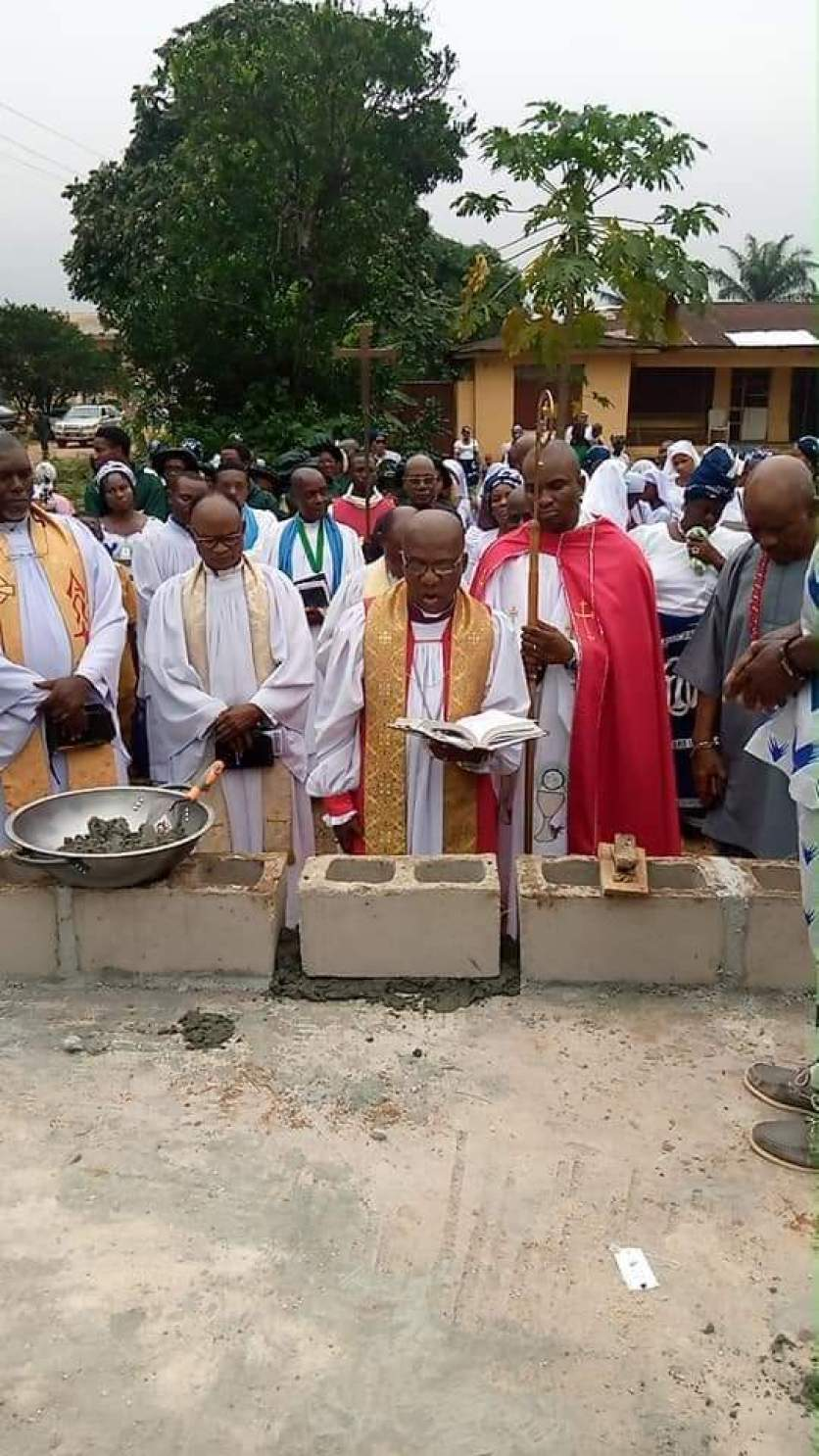 BISHOP OKOROAFOR VISITS NEKEDE ON FOUNDATION LAYING OF ARCHDEACON'S HOUSE AT HOLY TRINITY ANGLICAN CHURCH