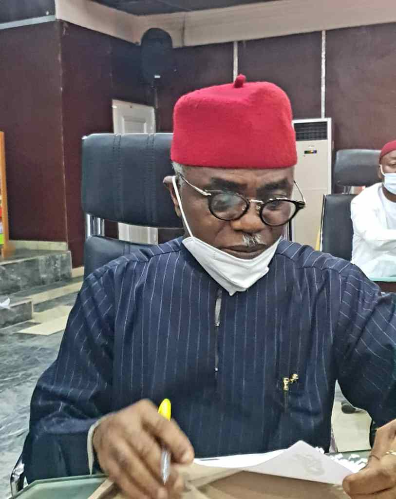 IMO STAKEHOLDERS UNITE TO SUPPORT UZODINMA'S GOVERNMENT AS PDP STALWART NZE OZICHUKWU CHUKWU LED IHITTE UBOMA DELEGATION TO GOVERNMENT HOUSE