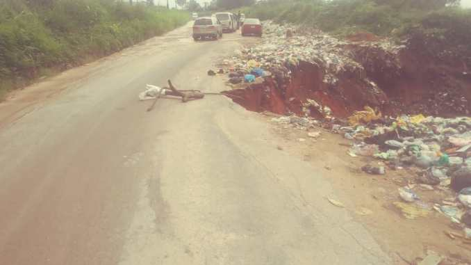 NEKEDE OLD ROAD CUTS OFF AT ZOO/ADC AREA