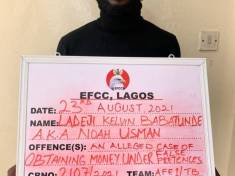 Security Agents Arrest Ladeji Kelvin Babatunde, Man Who Poses As EFCC Official To Defraud A Yahoo Boy Of Over 38 Million Naira