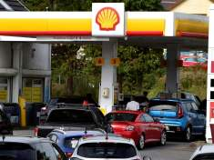4 things to know about the UK gasoline crisis
