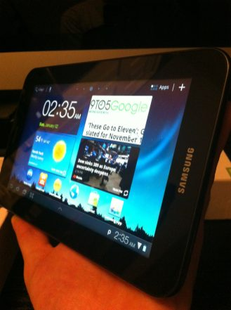 Galaxy Tab 7 Plus Side 1
