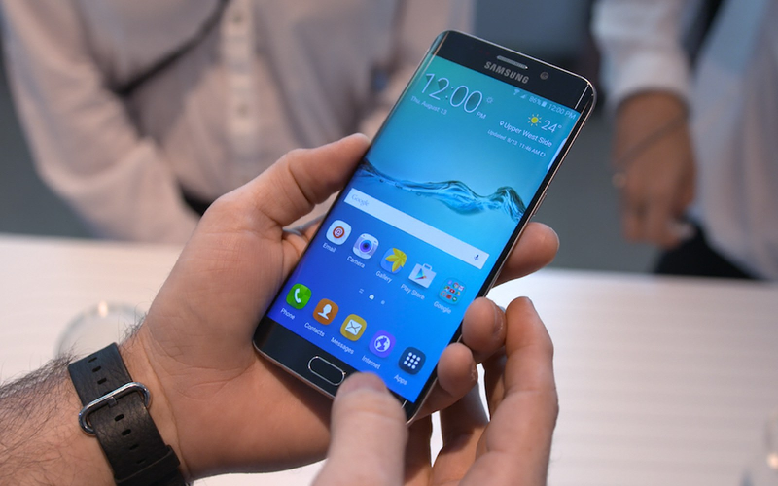 WSJ: Samsung Galaxy S7 to feature 3D Touch, fast-charging Type C, maybe retina scanner too