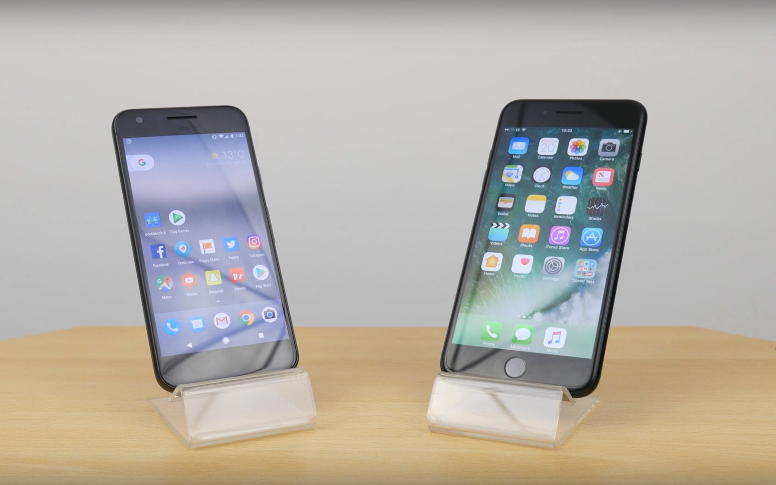 The Pixel goes head to head against the iPhone 7 in speed tests, with interesting results [Video]