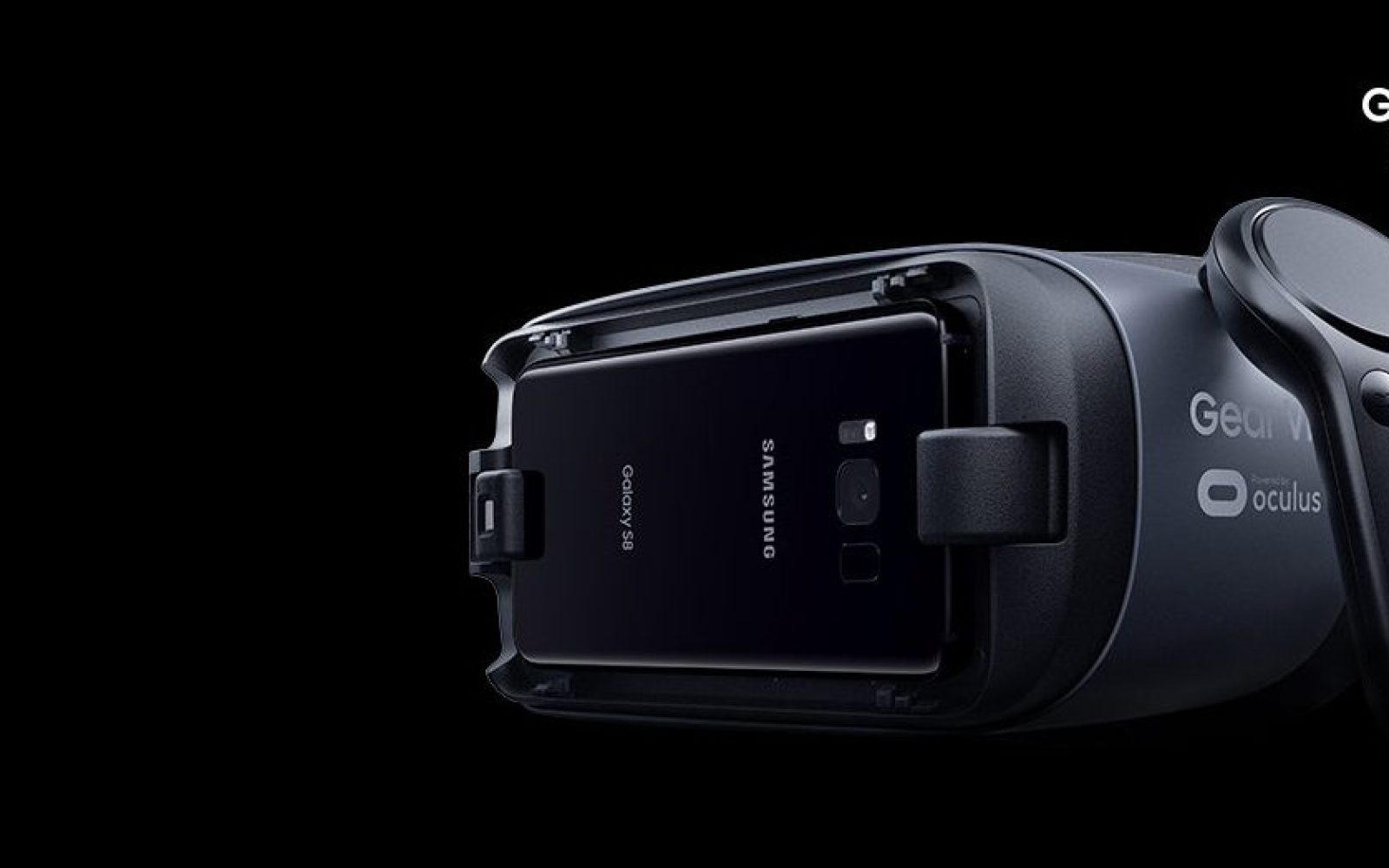 Samsung Gear VR headset now comes with a new controller, and