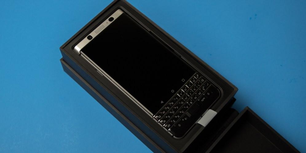 blackberry-keyone-unboxing-3
