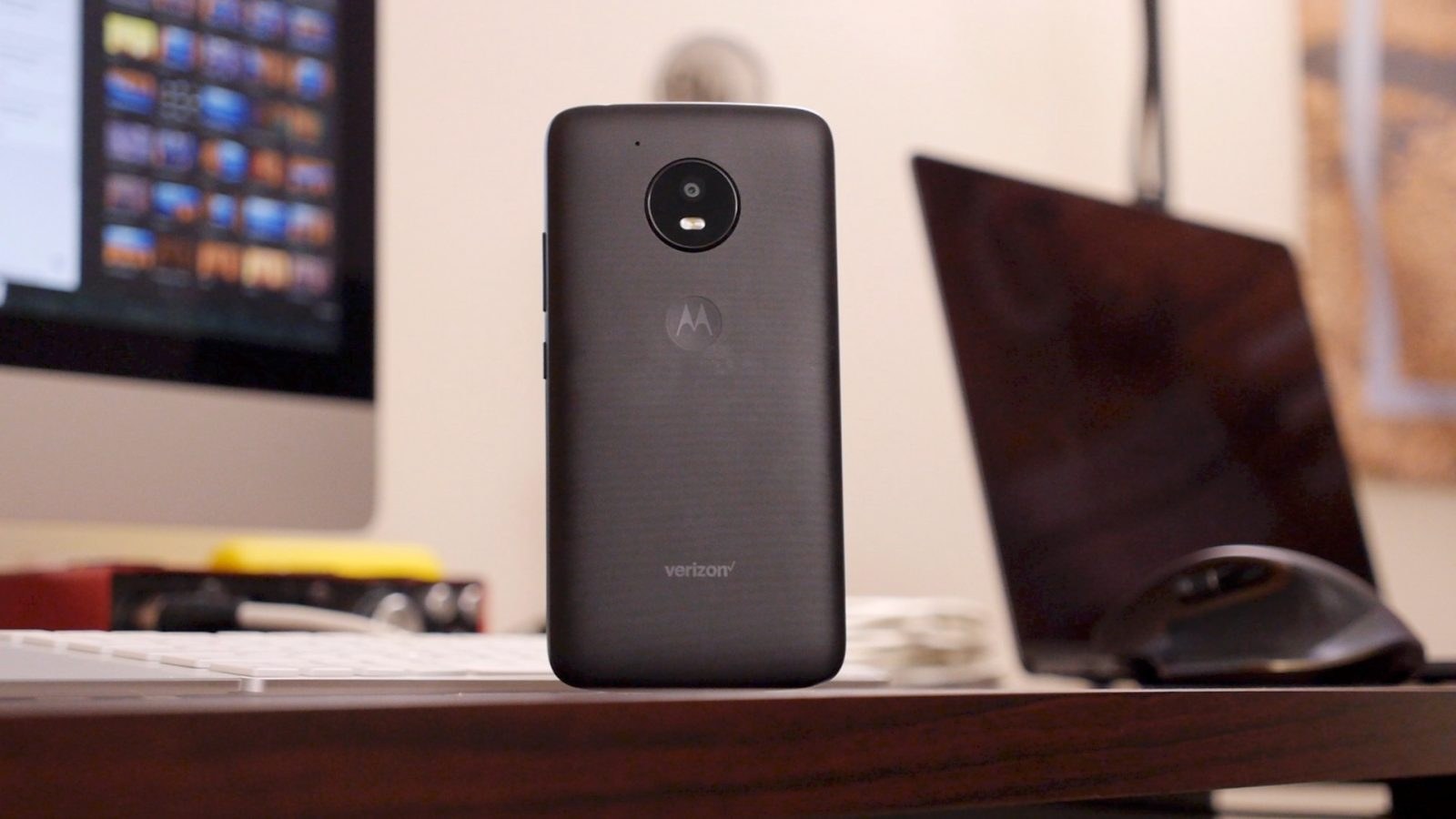 Review: Moto E4 nails the basics for customers on a tight