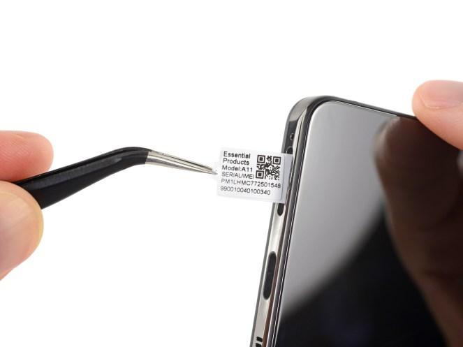 ifixit-essential-phone-1