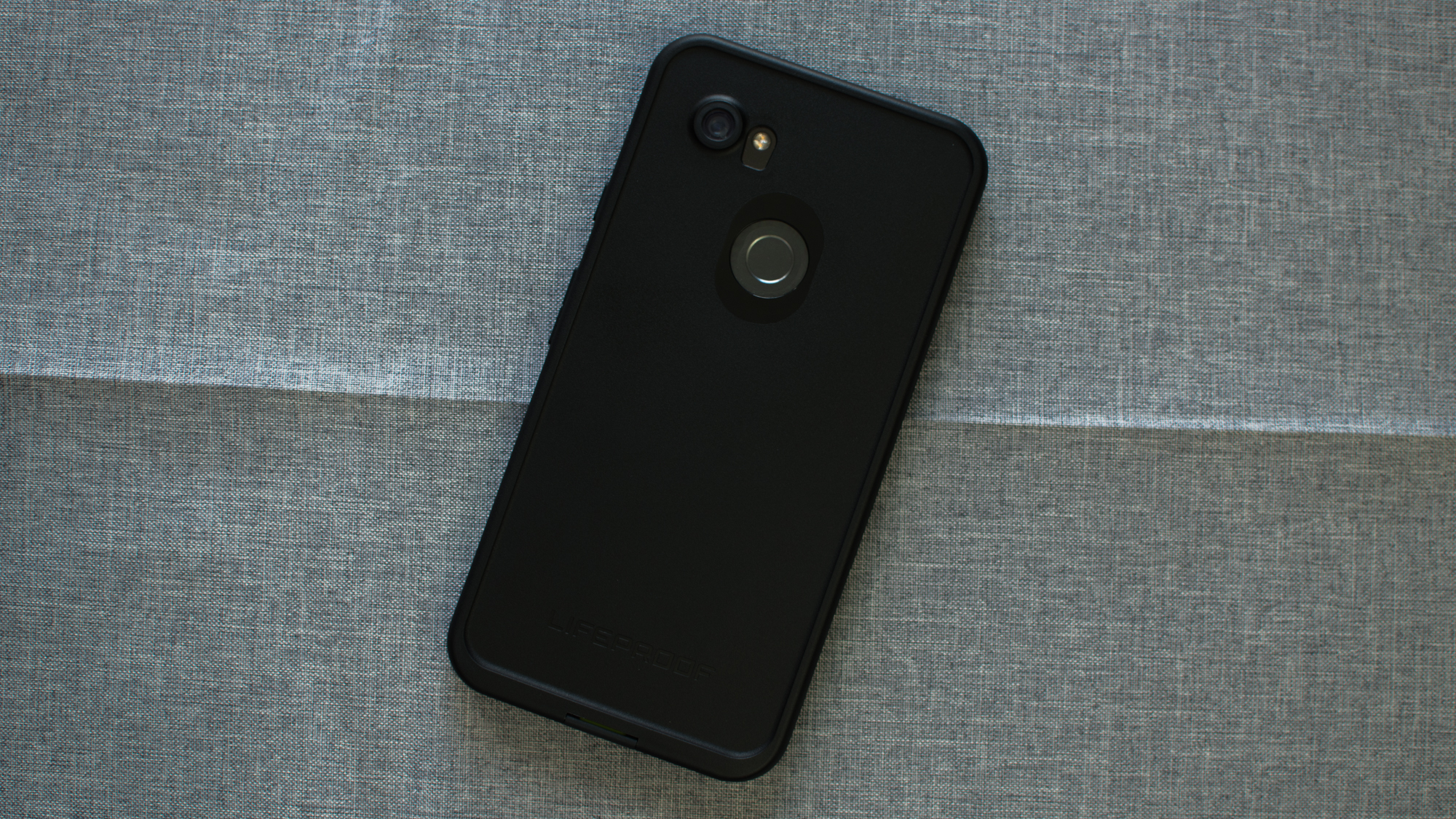 the best attitude 585da 7048c Review: LifeProof's Fre case adds weatherproofing to the Pixel 2 ...