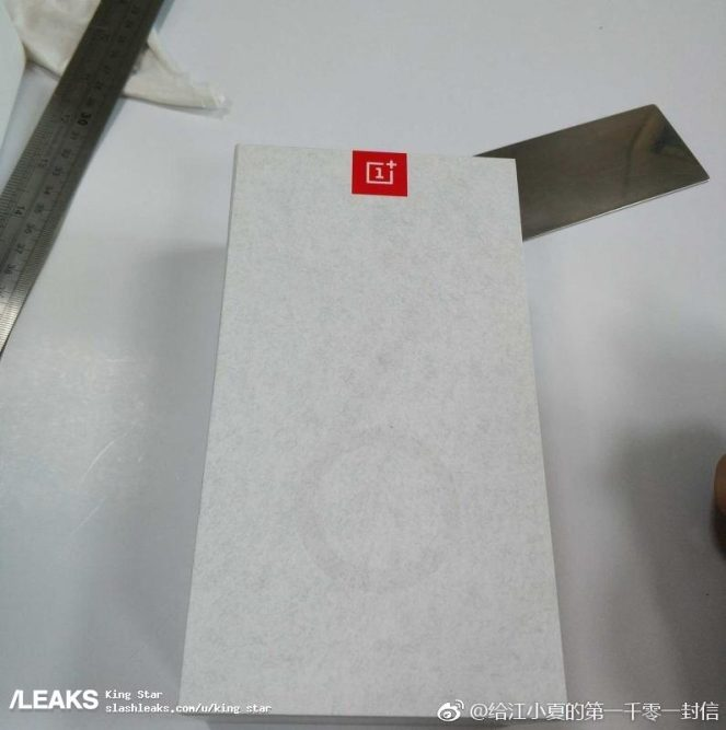 oneplus_6t_leaked_packaging_1