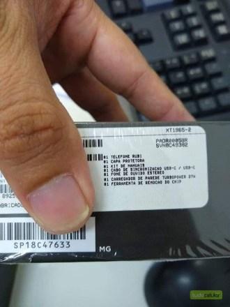 Moto G7 Plus box
