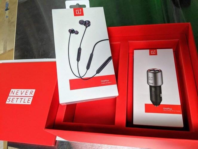 OnePlus 7 PRo retail packaging