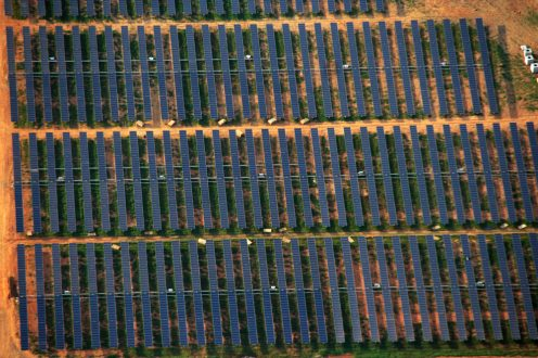 Apple's 100-acre solar farm