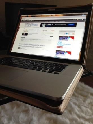 TwelveSouth-BookBook-MacBookPro-08