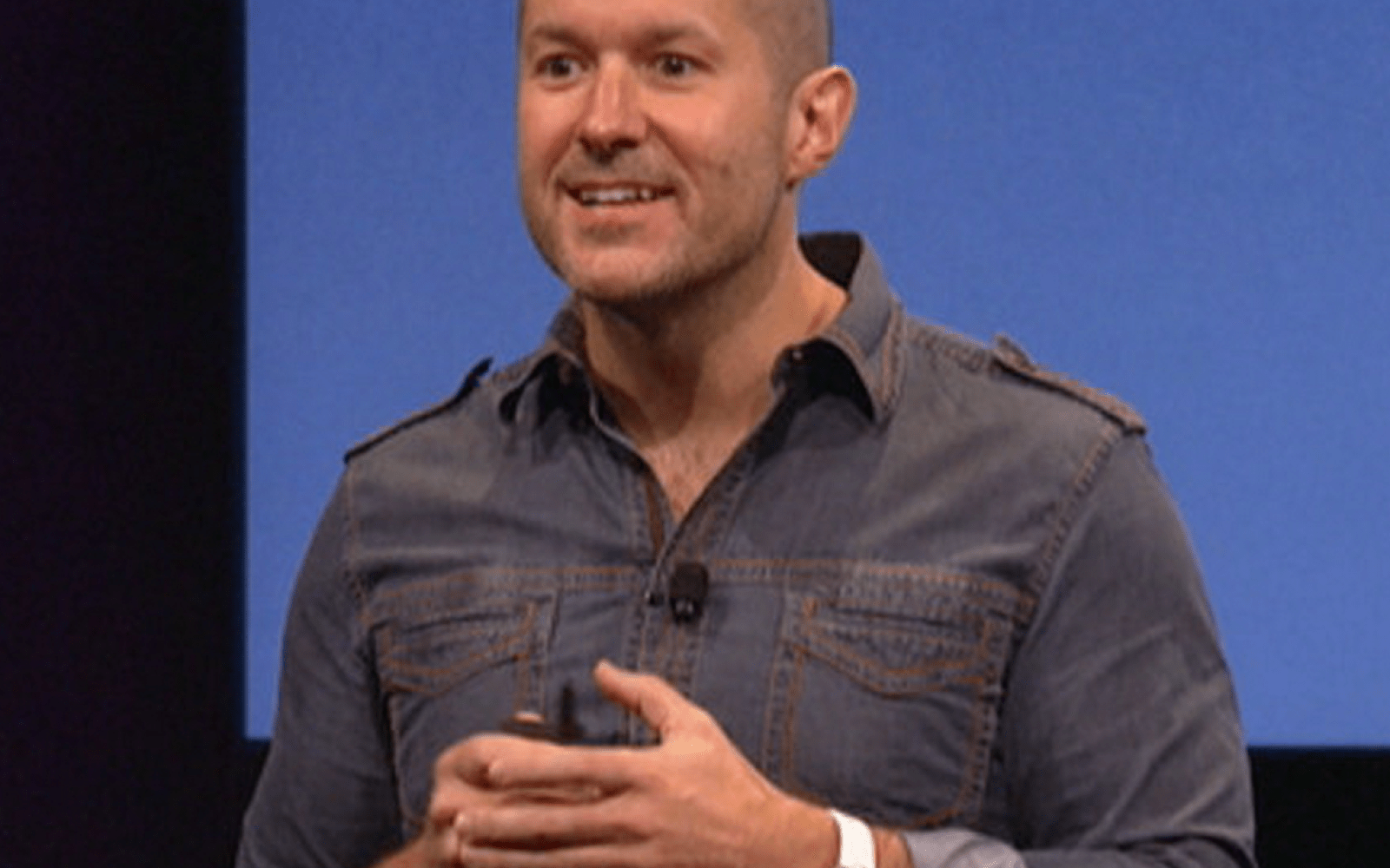 Bloomberg: Jony Ive's new software design role could lead to delays for iOS 7