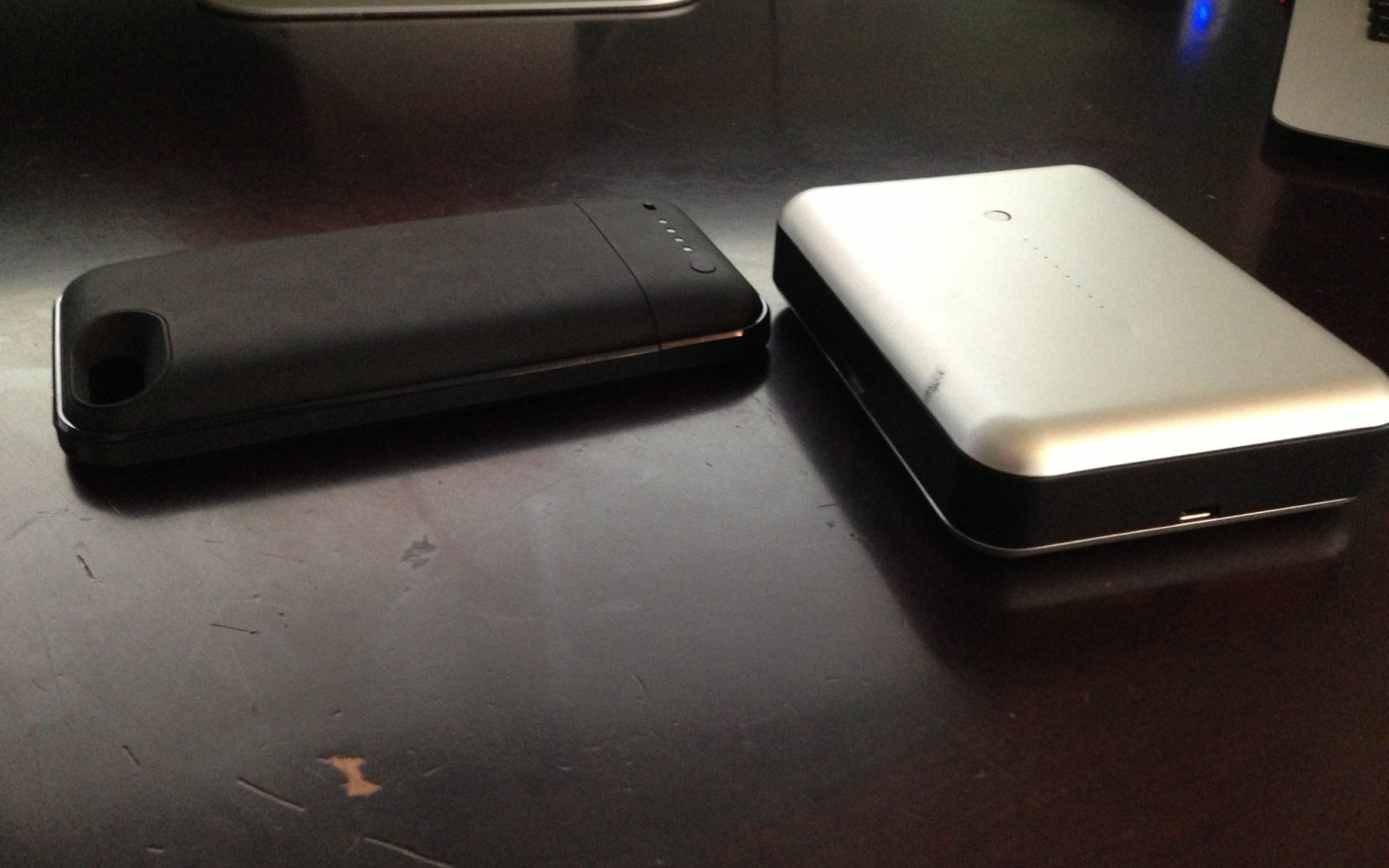 lowest price d19c4 7184e iOS Device backup battery review two-pack: Mophie Juice Pack Plus ...