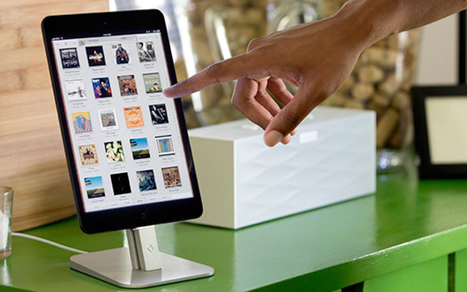 Twelve South debuts iPhone 5/iPad mini HiRise aluminum charging stand