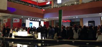 iPhone-launch-2013-Oct-25-02