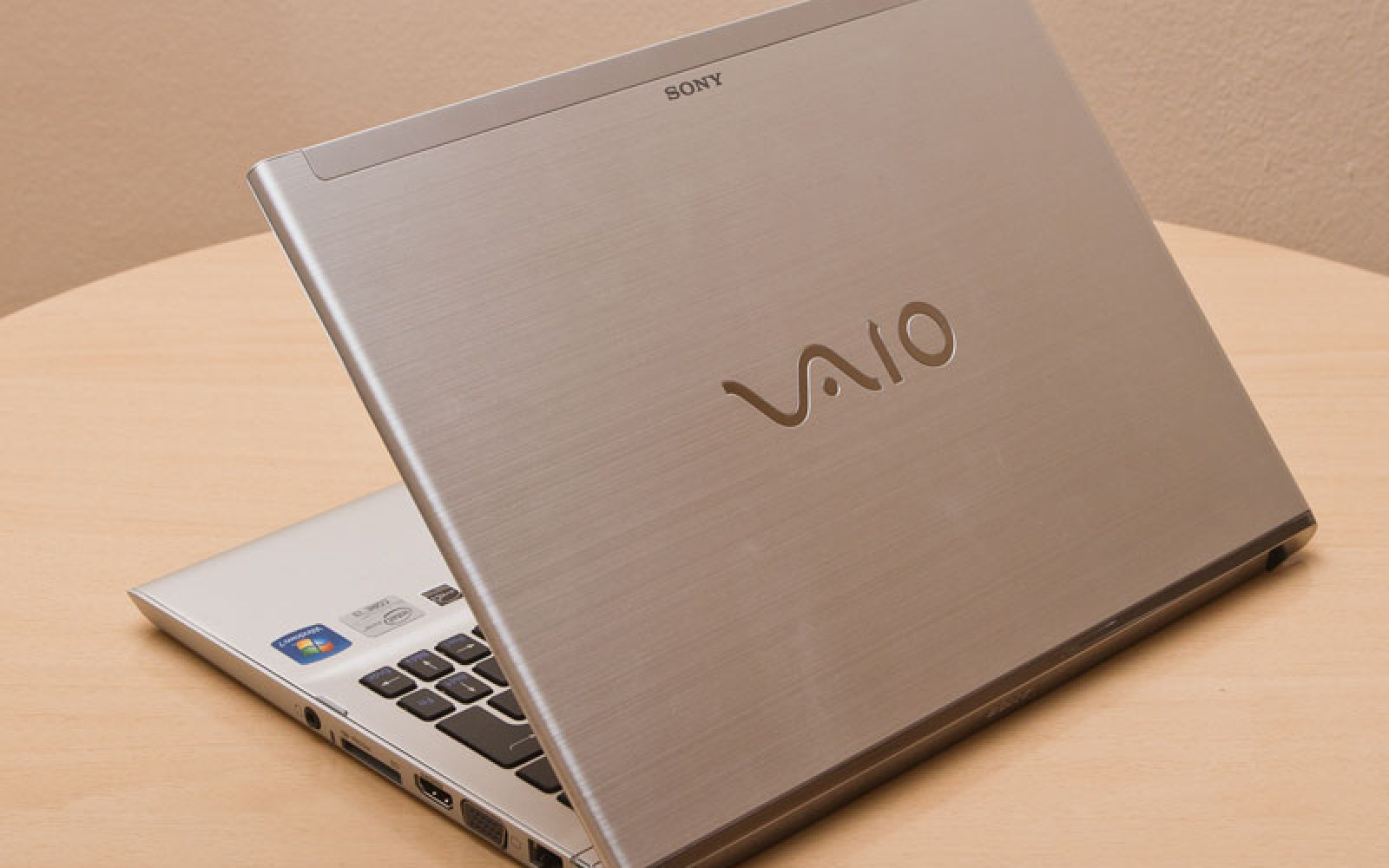 The backstory: Sony's 2001 offer from Steve Jobs to run Mac OS on Vaio laptops [Updated]