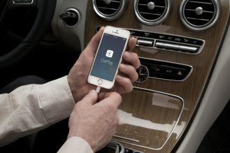 CarPlay-Benz-02