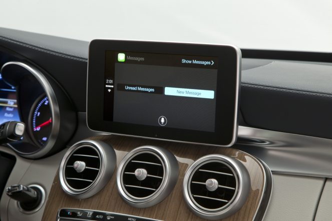 CarPlay-Benz-07