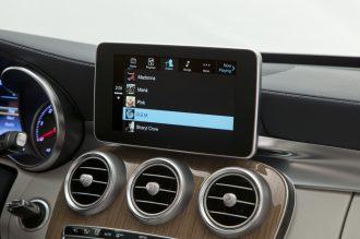 CarPlay-Benz-12