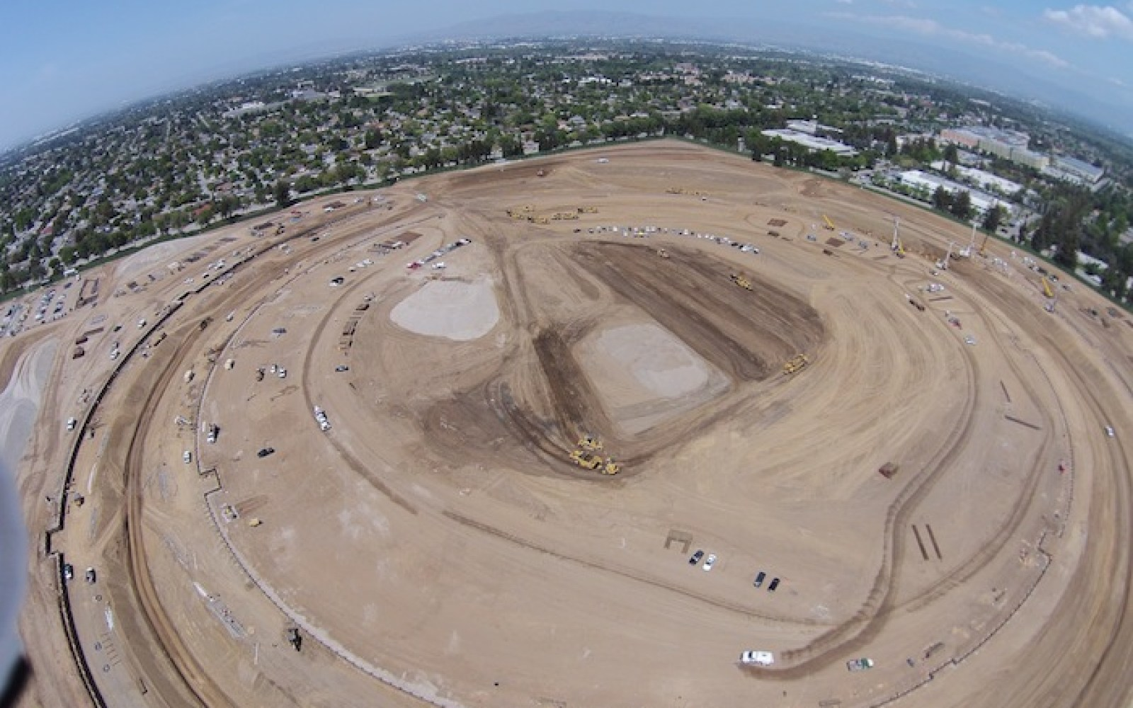 Footprint of Apple's 'spaceship' campus clearly visible in latest aerial photos