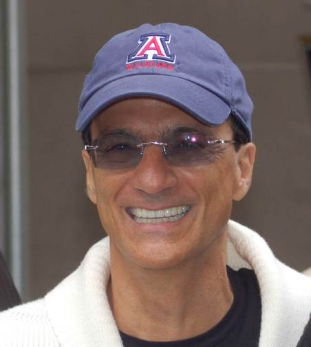 Jimmy-Iovine-Hat