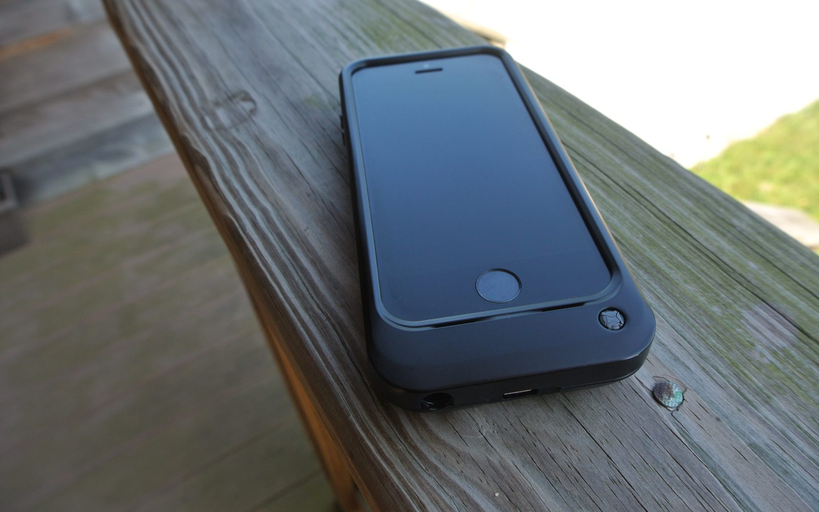 Review Otterbox Resurgence Iphone 55s Power Case Is Tough In More