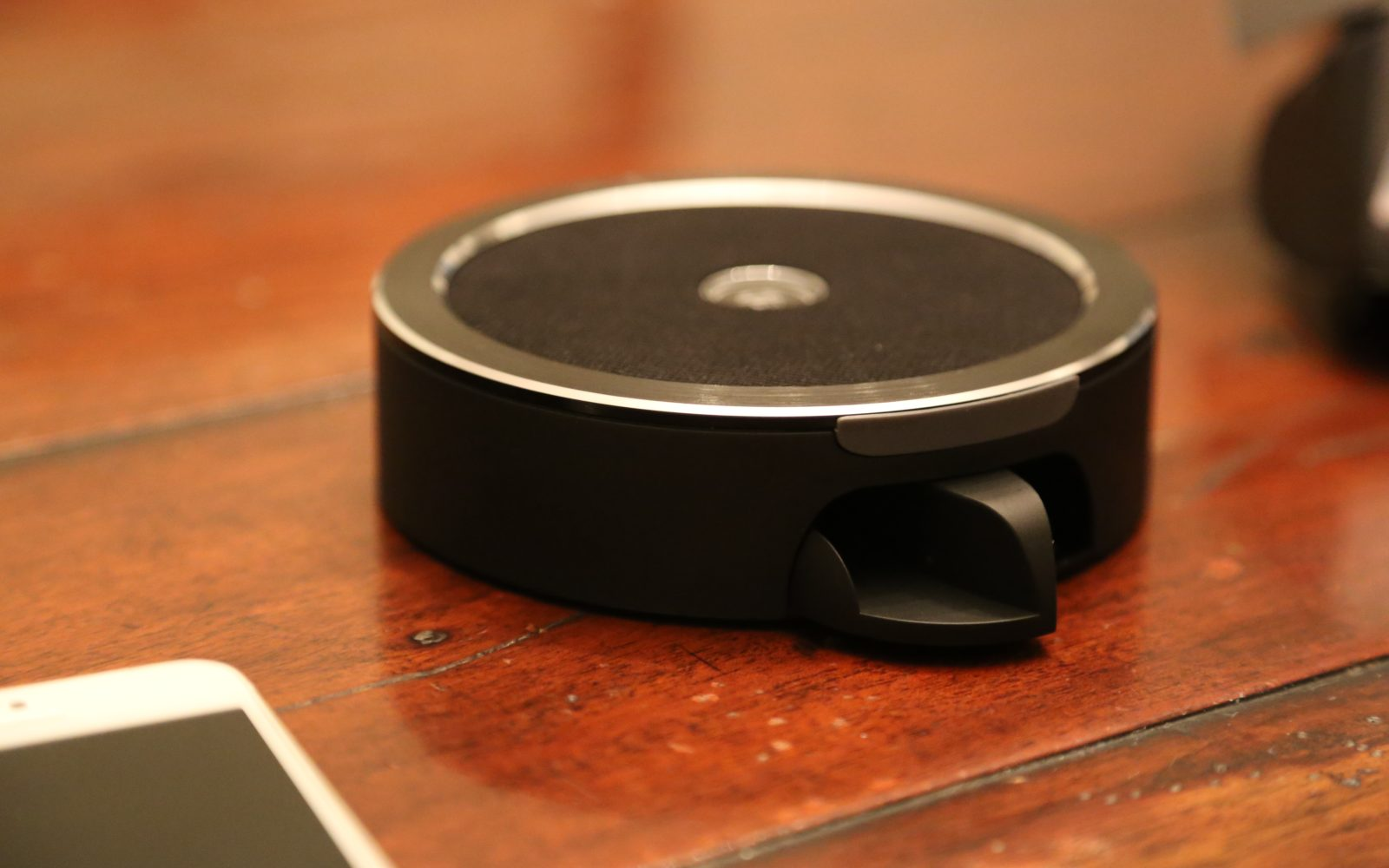 Review: Lumsing Prophet $20 Bluetooth Speaker/phone rocks out with its dock out