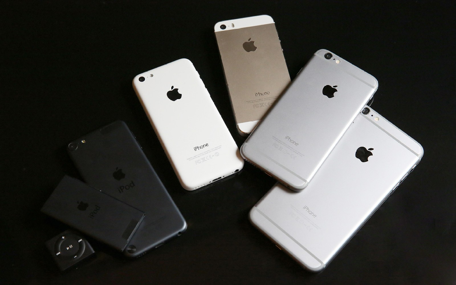 9to5 Guide: Hello, new iPhone / iPod owner! Here are the best accessories to buy right away