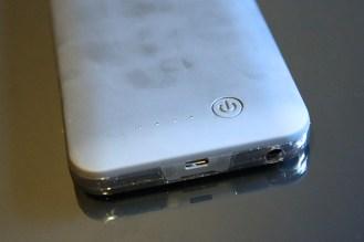 mota-battery-case-iphone-6-plus-3