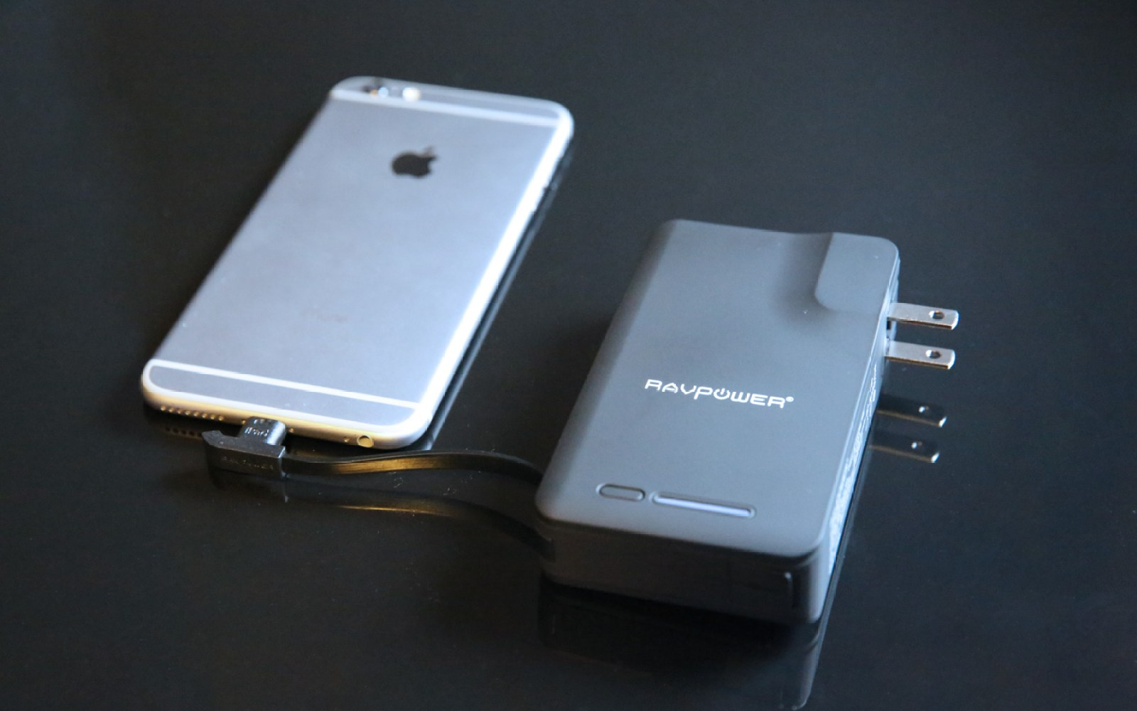 Review: RAVPower's Savior delivers 9000mAh of Apple-certified Lightning battery power at a great price
