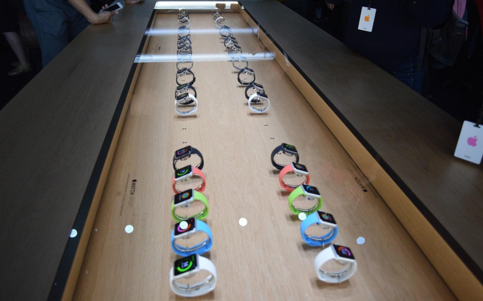 Apple considering dedicated Apple Watch stores as it sets up Paris booth, London Selfridges Wonder Room
