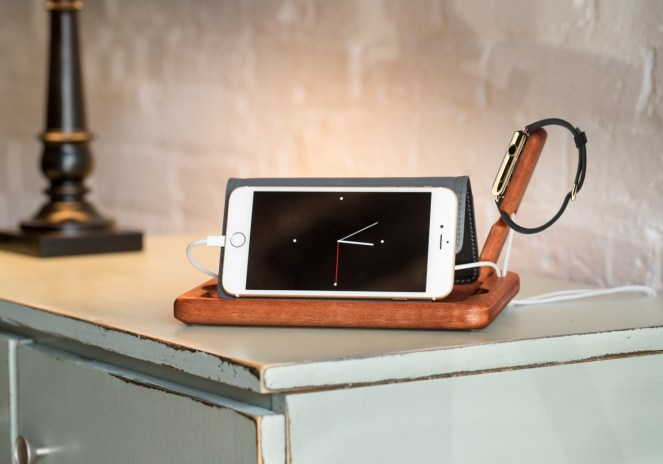 Pad & Quill introduce The Timber Catchall organizer/charging dock for Apple Watch & iPhone