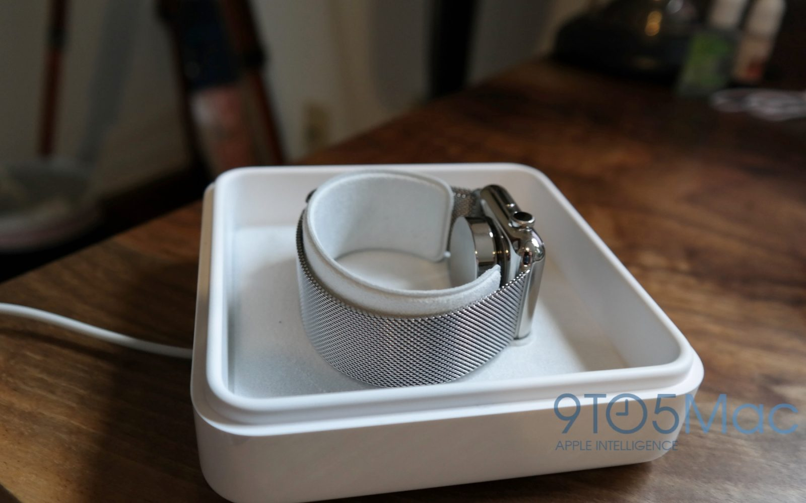 How to modify your Apple Watch box into an Edition-style charging case for under $10 (Video)