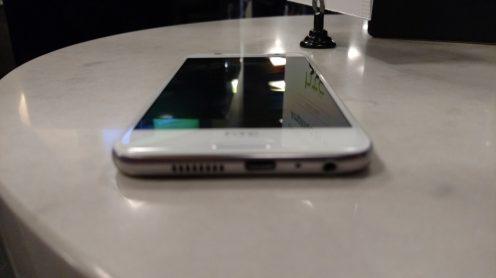 HTC One A9 iPhone 6 2