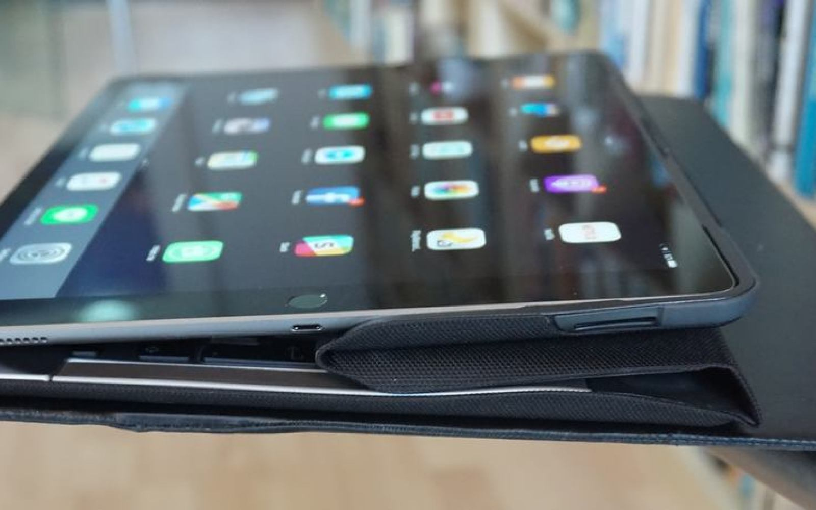 Tests reveal how Apple improved iPad Pro's display, & why iPad mini 4 is still best overall