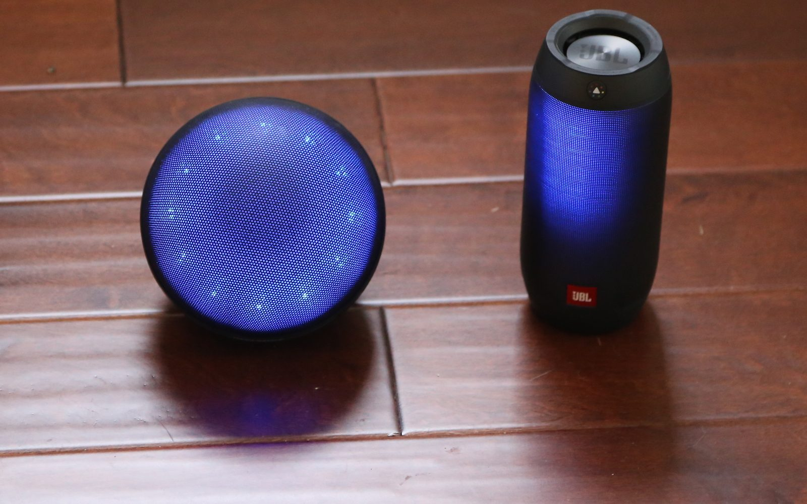 JBL Pulse 2 vs Marsboy Orb: Bluetooth speakers at ends of the LED