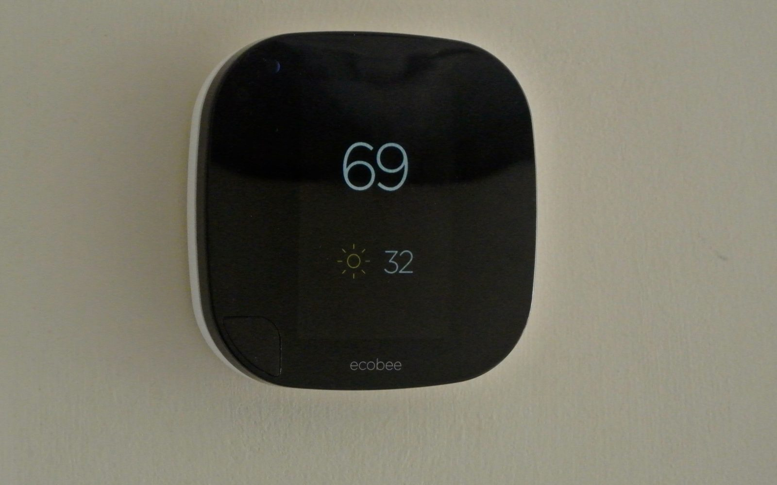 Review Homekit Enabled Ecobee3 Wi Fi Thermostat W Remote Sensors Rescued Attachment Radfanwiringwithswitchjpg Is Perfect For Siri Fans