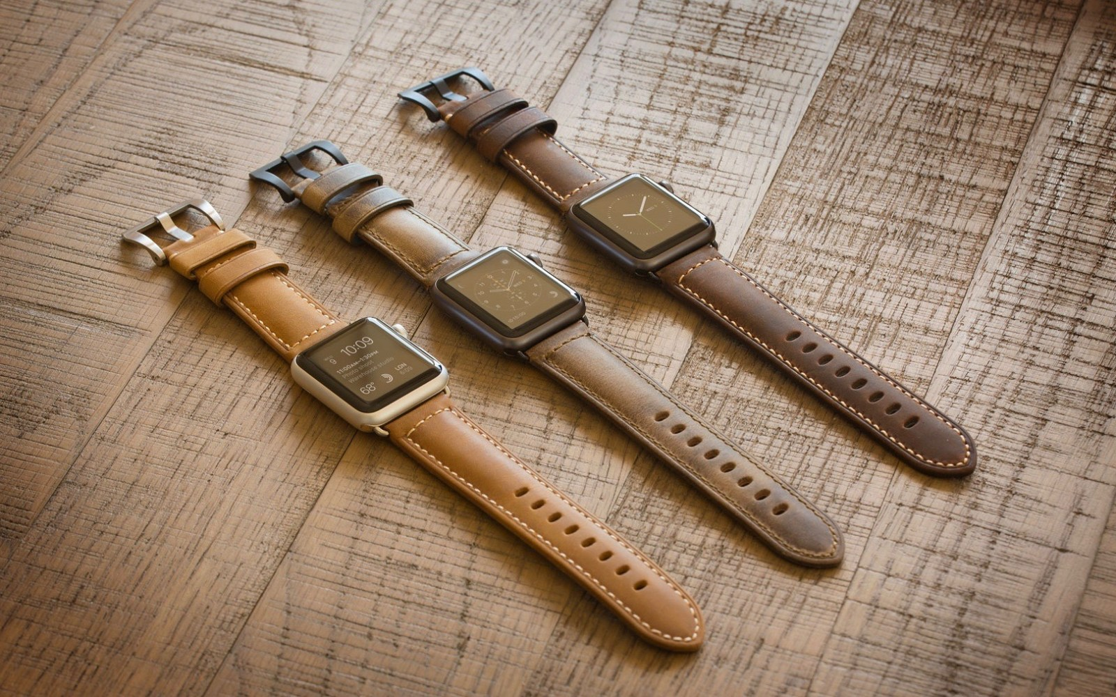 Nomad expands its Apple Watch band lineup with two new rugged Italian leather Straps