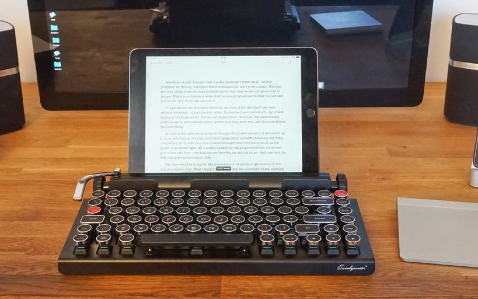 Review: Qwerkywriter, the Bluetooth keyboard that thinks it's a typewriter