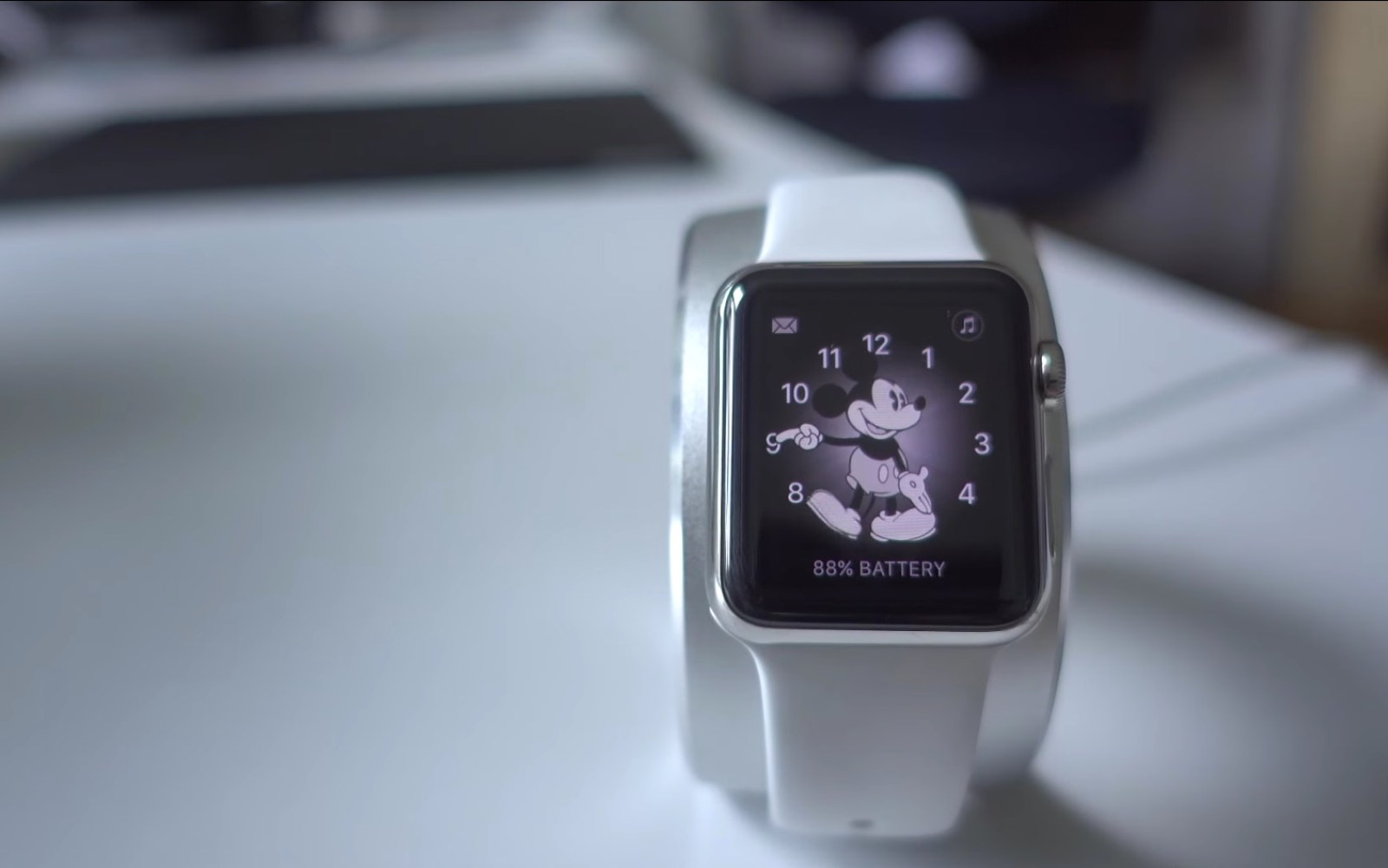 Apple Watch availability continues to deplete ahead of upcoming refresh