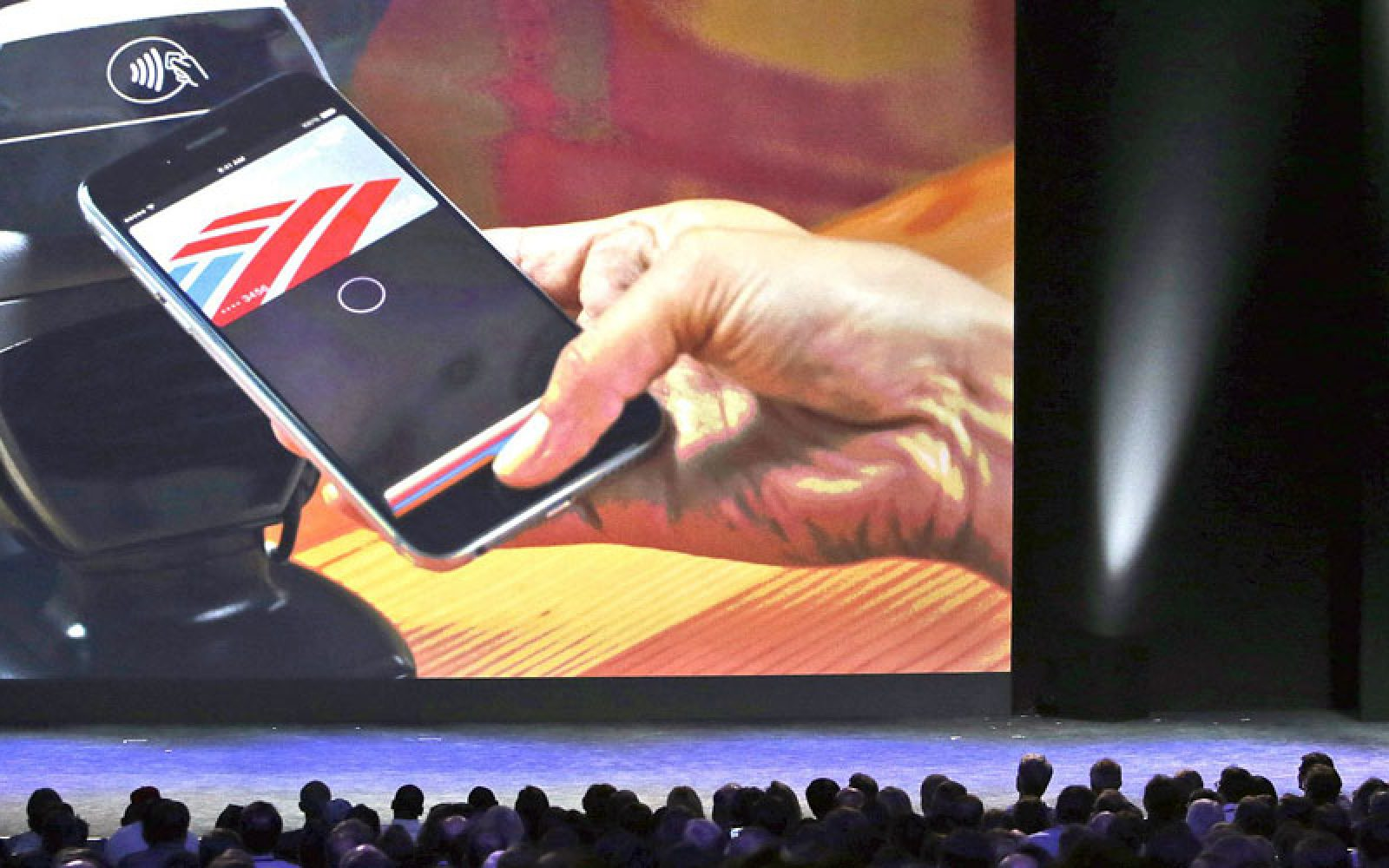 Australian banks demand access to NFC chip on iPhone to